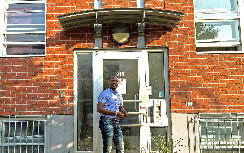 Oumar Gueye, directeur d'Heberjeune Parc Extension